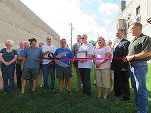 ironwood-art-park-ribbon-cutting-300x225